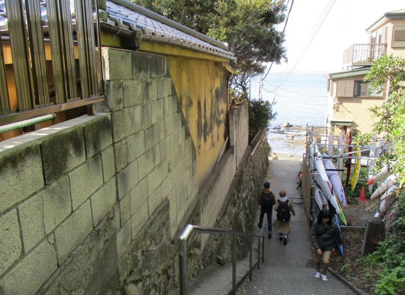 岩本楼の横道