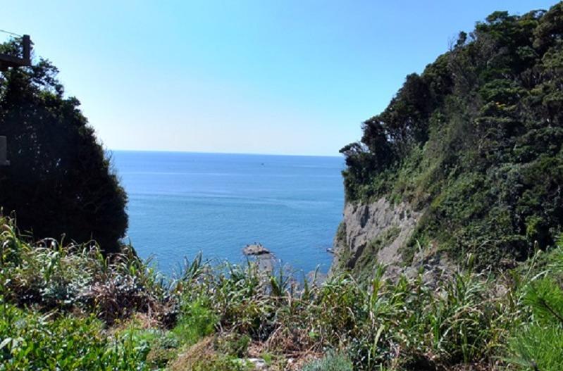 江の島・山二つ