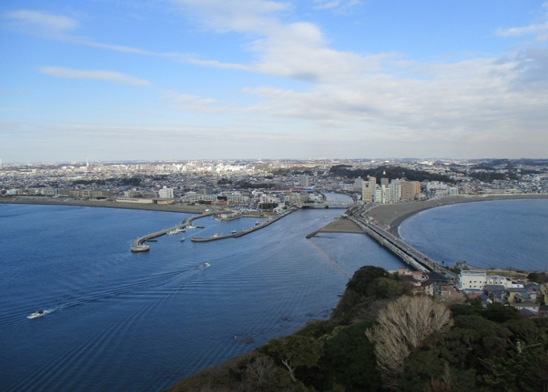 展望台からの風景・片瀬江ノ島方面