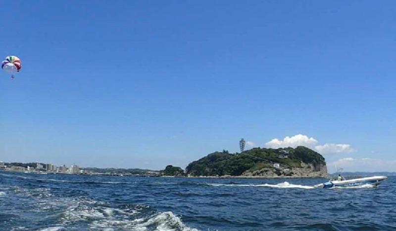 江の島.パラセーリング